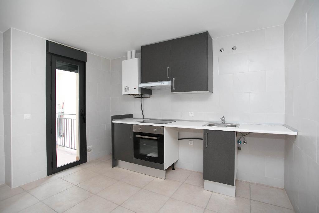 Piso en venta en Nájera, La Rioja, Calle San Marcial, 62.000 €, 2 habitaciones, 1 baño, 81 m2