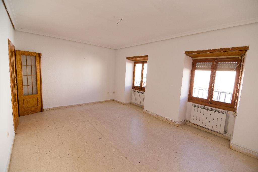 Casa en venta en Villarrobledo, Albacete, Calle Carrasca, 96.500 €, 3 habitaciones, 1 baño, 256 m2