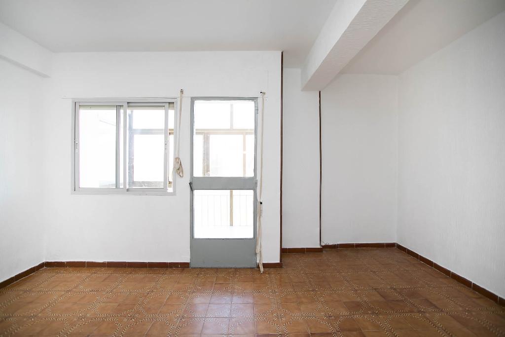 Piso en venta en El Casar, Guadalajara, Calle El Cruce, 70.000 €, 3 habitaciones, 1 baño, 85 m2