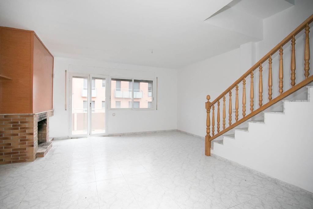 Casa en venta en Castellbell I El Vilar, Barcelona, Calle Sant Jeroni, 154.500 €, 4 habitaciones, 2 baños, 186 m2