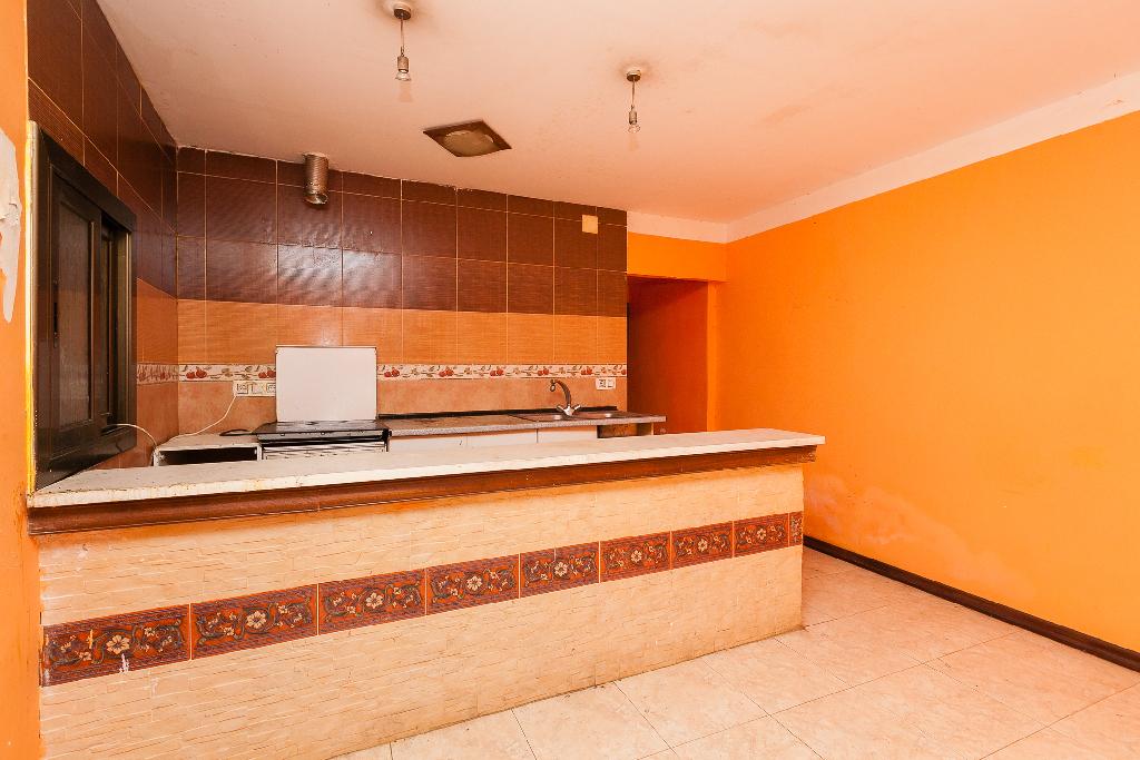 Piso en venta en Sant Vicenç Dels Horts, Barcelona, Calle Burgos, 43.000 €, 1 baño, 51 m2