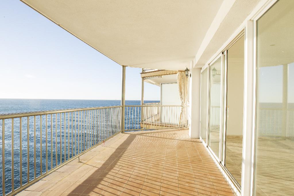 Piso en venta en Salou, Tarragona, Calle Falconera, 187.500 €, 3 habitaciones, 2 baños, 97 m2