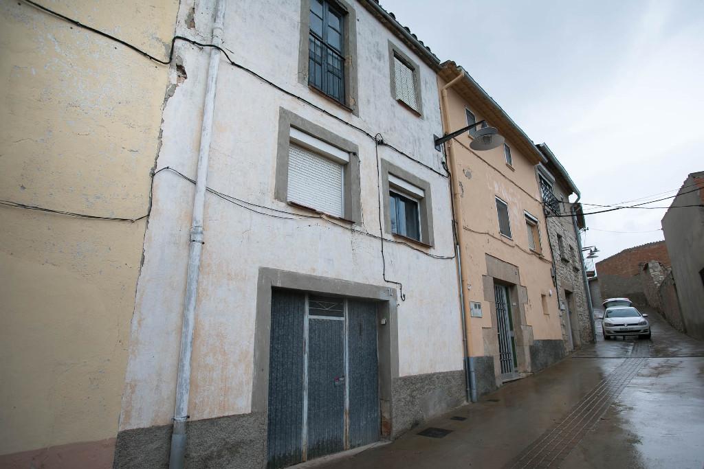 Casa en venta en Lleida, Lleida, Calle Ramon Y Cajal, 43.500 €, 2 habitaciones, 1 baño, 214 m2