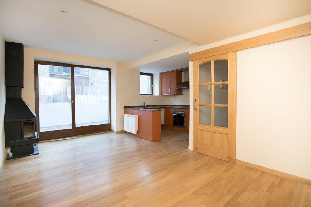 Piso en venta en Lleida, Lleida, Calle Plana del Rei, 93.000 €, 2 habitaciones, 2 baños, 79 m2