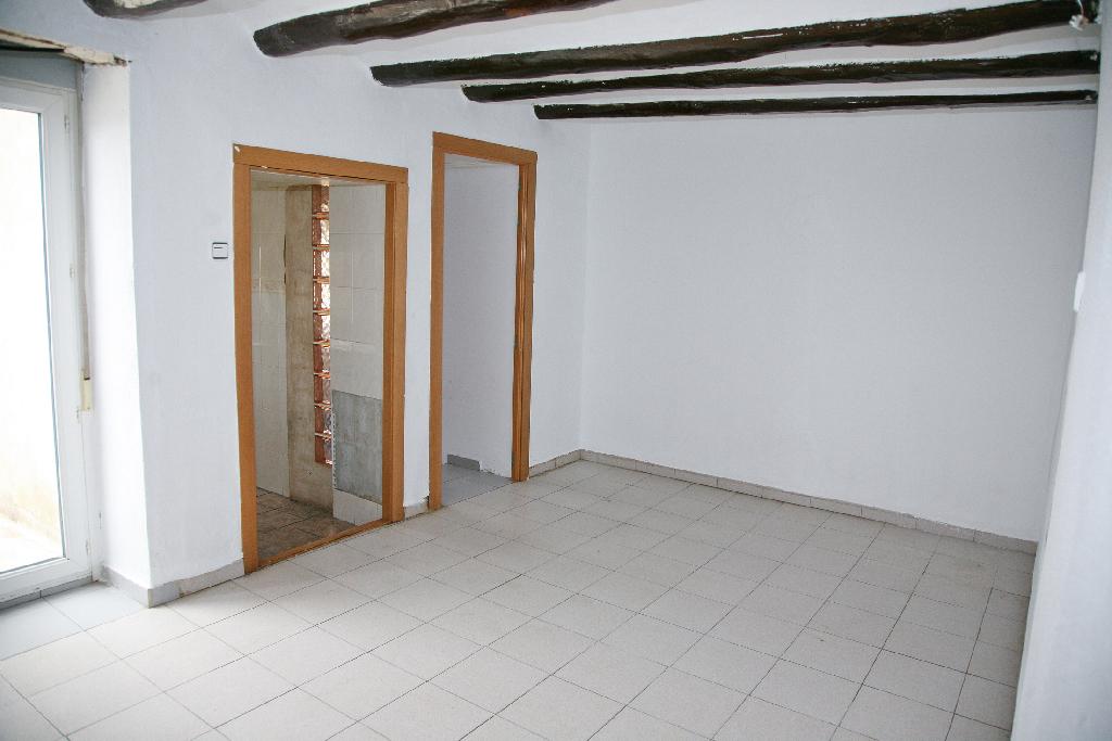 Casa en venta en Andosilla, Navarra, Calle San Francisco, 89.500 €, 3 habitaciones, 2 baños, 391 m2