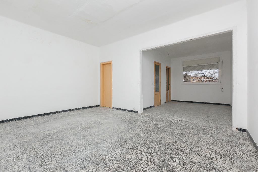 Casa en venta en Terrassa, Barcelona, Calle Letur, 258.000 €, 1 habitación, 1 baño, 250 m2