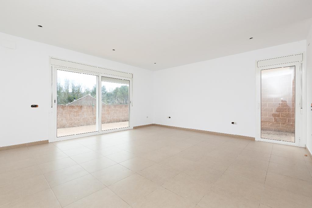 Casa en venta en Vacarisses, Barcelona, Calle Sant Salvador de Les Espases, 296.500 €, 5 habitaciones, 4 baños, 242 m2