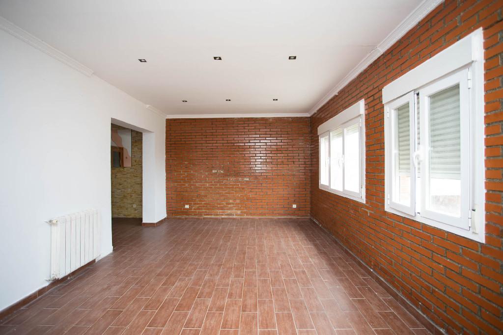 Casa en venta en Serranillos del Valle, Madrid, Calle Guadamur, 170.500 €, 4 habitaciones, 2 baños, 205 m2