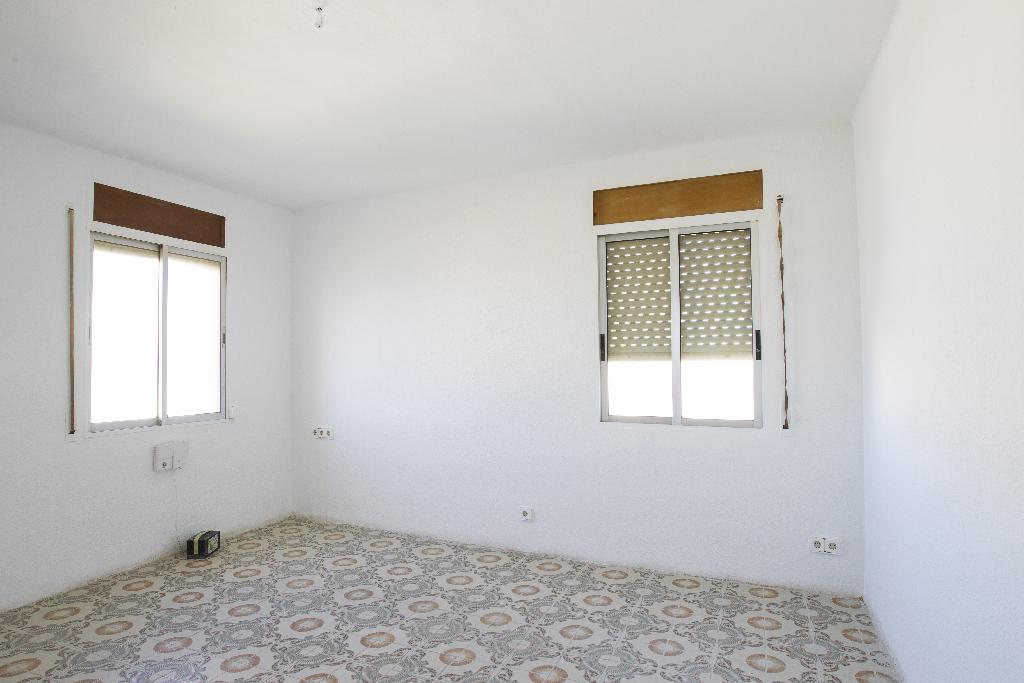 Piso en venta en Tarragona, Tarragona, Calle Escultor Martorell, 26.500 €, 2 habitaciones, 1 baño, 52 m2
