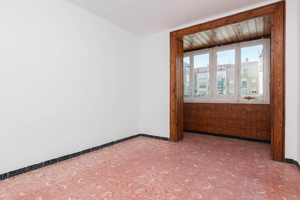 Piso en venta en Manresa, Barcelona, Calle Oms I de Prat, 46.500 €, 2 habitaciones, 1 baño, 68 m2