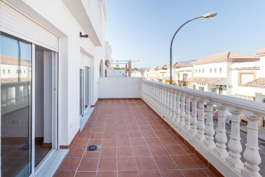 Piso en venta en Huércal de Almería, Almería, Calle Sierra Alhamilla, 100.000 €, 2 habitaciones, 2 baños, 92 m2