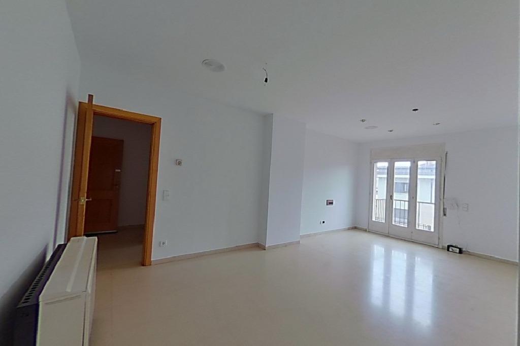 Piso en venta en Manlleu, Barcelona, Calle Nuria, 75.000 €, 3 habitaciones, 1 baño, 107 m2