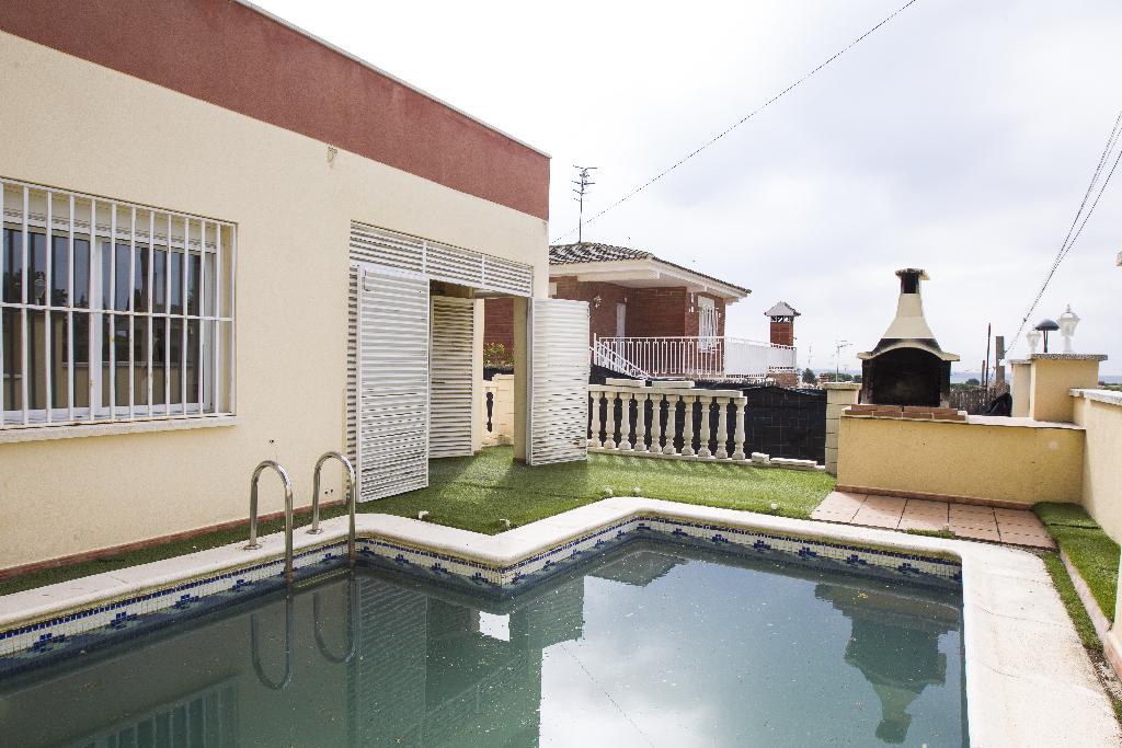 Casa en venta en Puigverd de Lleida, Lleida, Calle Borges Blanques, 151.000 €, 4 habitaciones, 3 baños, 243 m2