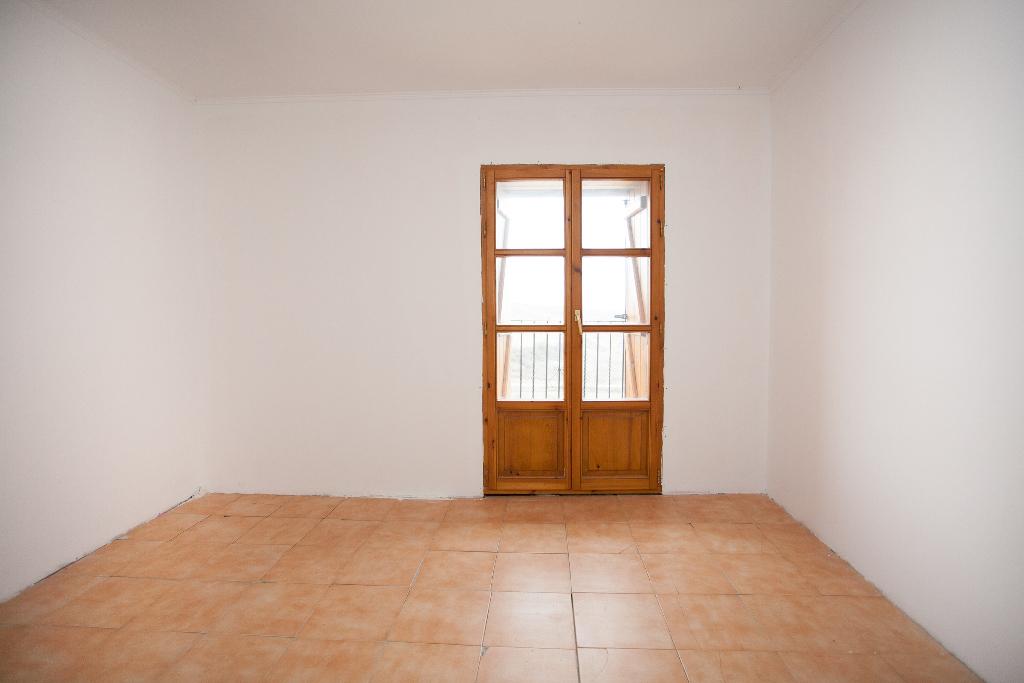 Casa en venta en Undués de Lerda, Zaragoza, Calle Mayor, 20.000 €, 3 habitaciones, 1 baño, 477 m2