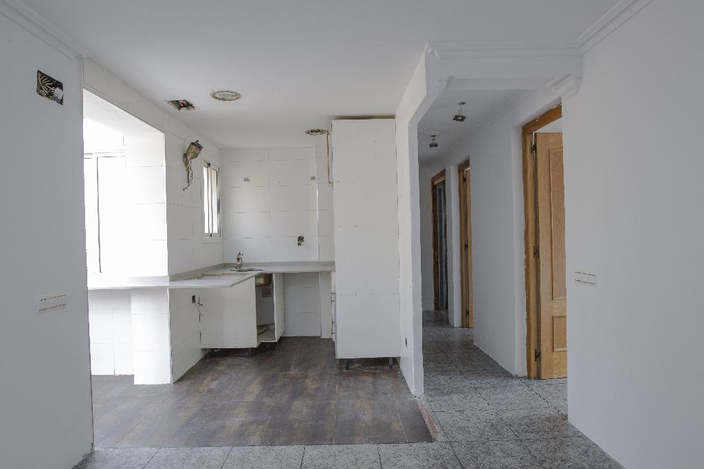 Piso en venta en Reus, Tarragona, Calle Valencia, 36.500 €, 3 habitaciones, 1 baño, 58 m2
