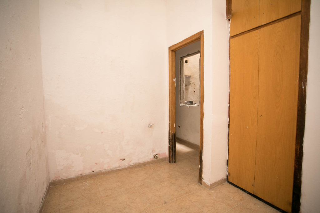 Piso en venta en Piso en Lleida, Lleida, 35.000 €, 2 habitaciones, 1 baño, 84 m2