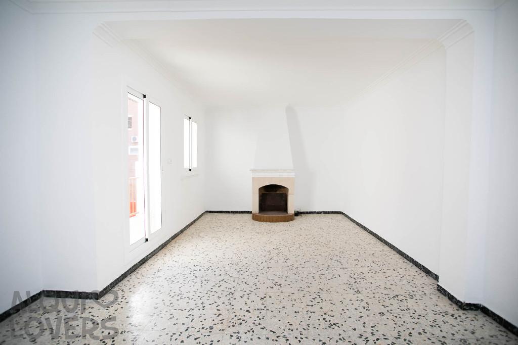 Piso en venta en Lleida, Lleida, Calle Santa Llucia, 53.000 €, 2 habitaciones, 1 baño, 76 m2