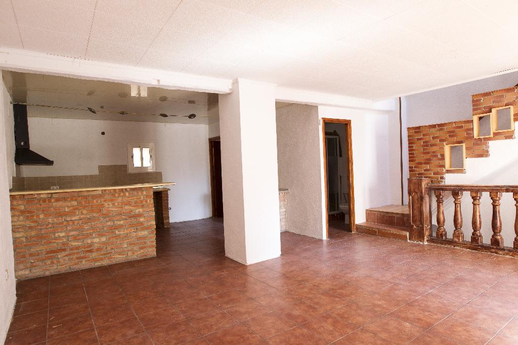 Casa en venta en Tivenys, Tarragona, Calle Calvari, 80.000 €, 3 habitaciones, 1 baño, 252 m2