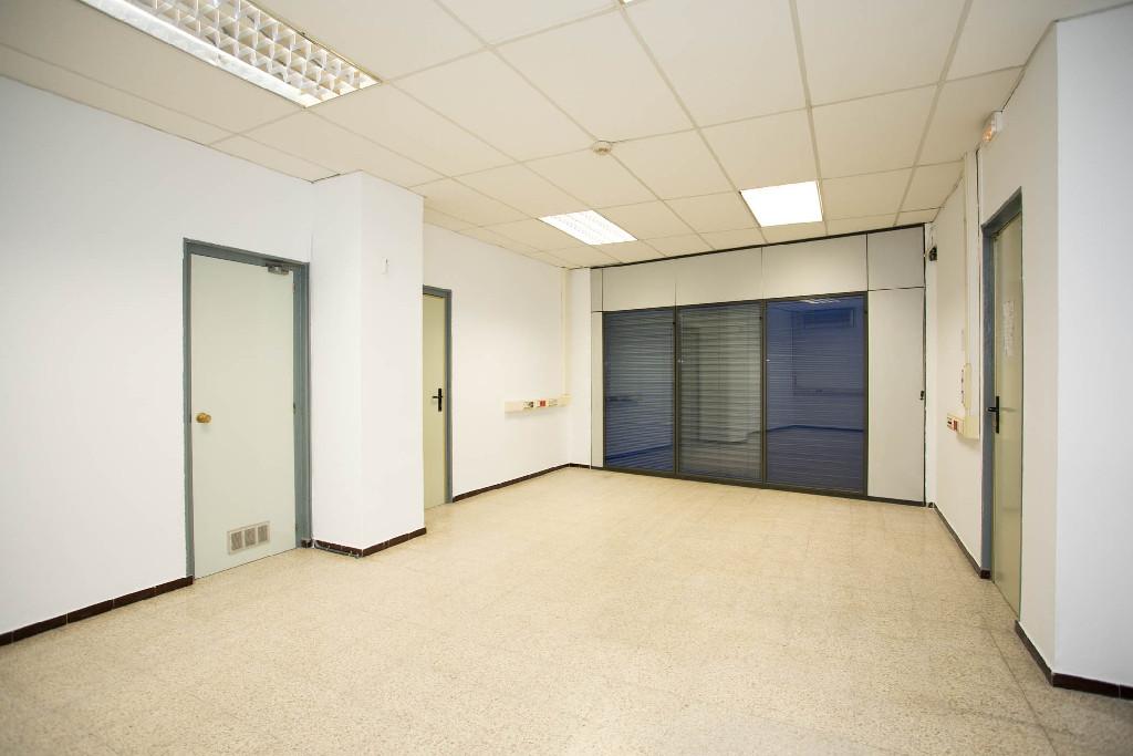 Local en venta en Girona, Girona, Calle Saragossa, 179.000 €, 299 m2
