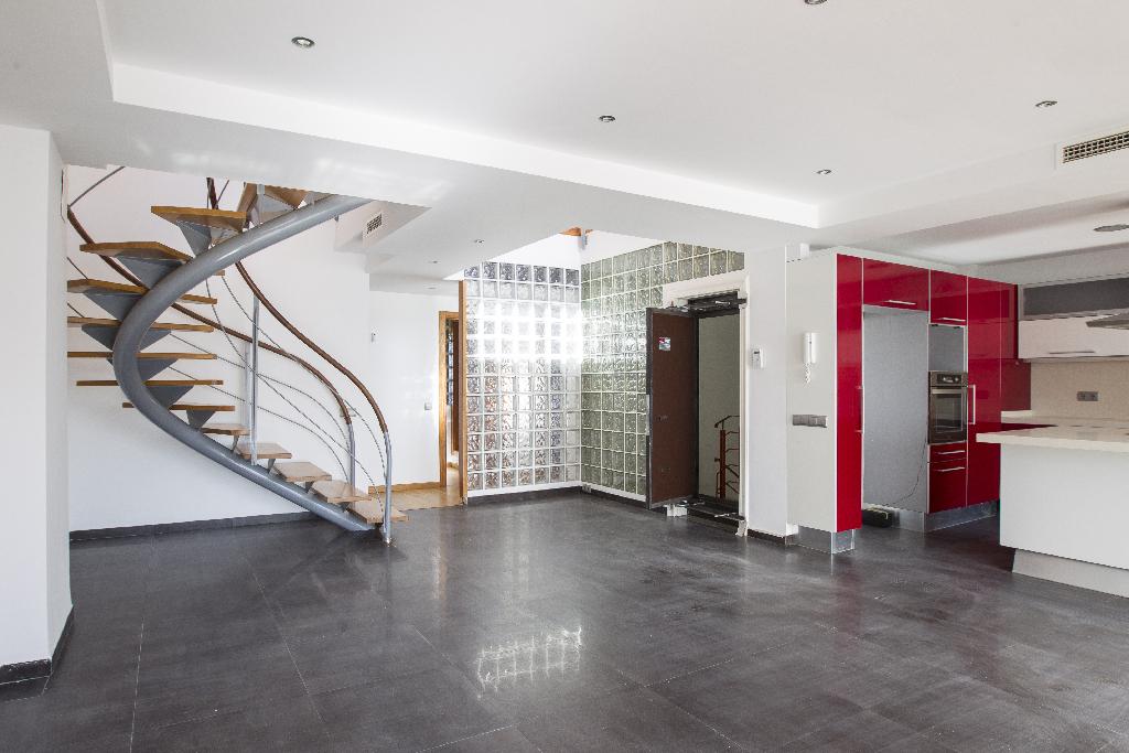 Piso en venta en Alcanar, Tarragona, Calle del Remei, 147.500 €, 2 habitaciones, 2 baños, 202 m2
