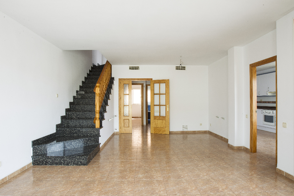 Casa en venta en Deltebre, Tarragona, Calle Sant Roc, 143.000 €, 4 habitaciones, 2 baños, 264 m2