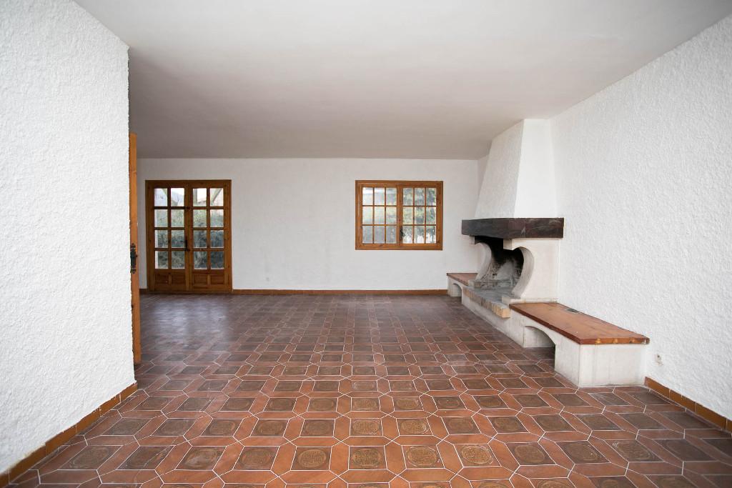 Casa en venta en Vallfogona de Riucorb, Tarragona, Paraje Sola de la Torre, 115.000 €, 6 habitaciones, 4 baños, 330 m2