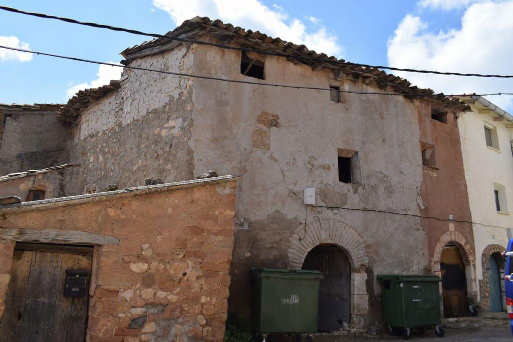 Piso en venta en Benabarre, Huesca, Calle Mayor, 69.428 €, 3 habitaciones, 2 baños, 244 m2