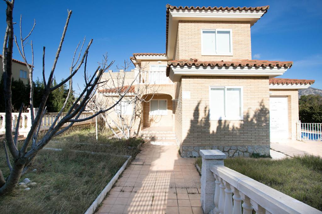 Casa en venta en Vandellòs I L`hospitalet de L`infant, Tarragona, Calle Alfabrega, 221.000 €, 4 habitaciones, 3 baños, 194 m2