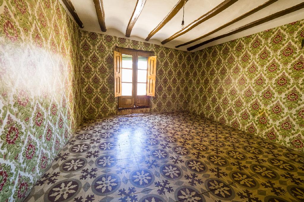 Piso en venta en Andosilla, Navarra, Calle Barranco, 27.500 €, 8 habitaciones, 1 baño, 167 m2