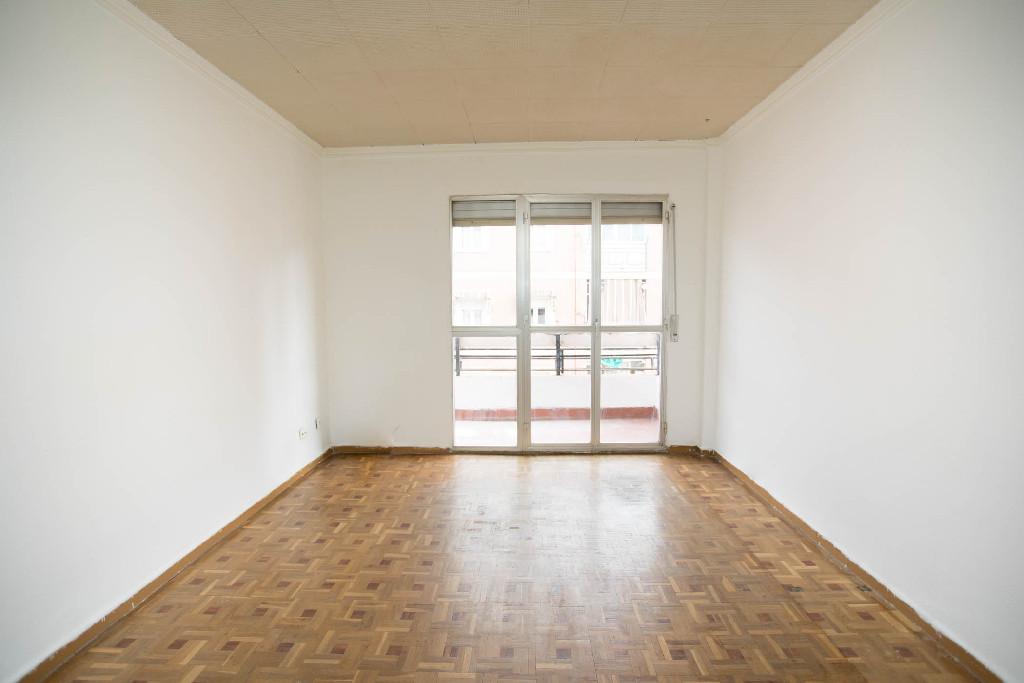 Piso en venta en Alcorcón, Madrid, Calle Badajoz, 106.000 €, 3 habitaciones, 1 baño, 68 m2