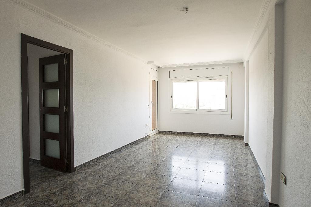 Piso en venta en Tarragona, Tarragona, Rambla Ponent, 69.500 €, 4 habitaciones, 1 baño, 84 m2