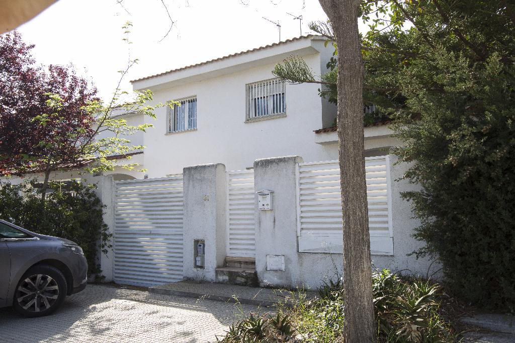 Casa en venta en Cambrils, Tarragona, Calle Cavet, 219.500 €, 4 habitaciones, 3 baños, 180 m2