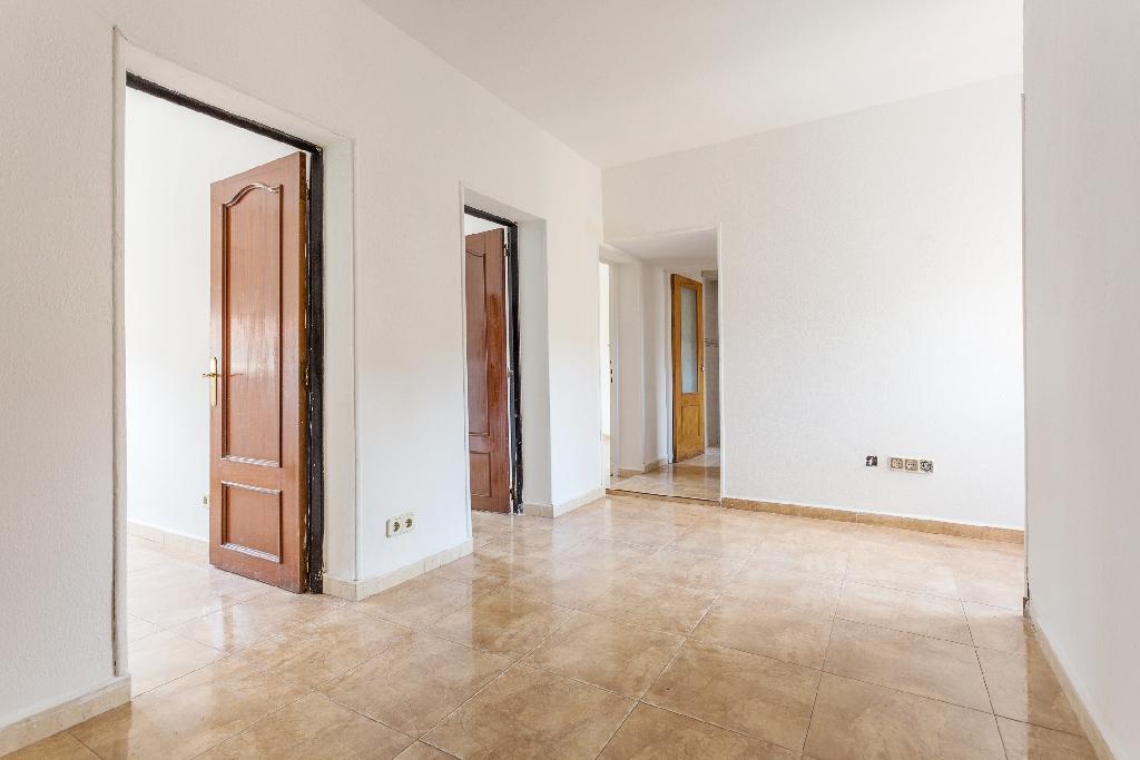 Piso en venta en Madrid, Madrid, Calle Almonacid, 94.000 €, 3 habitaciones, 1 baño, 53 m2