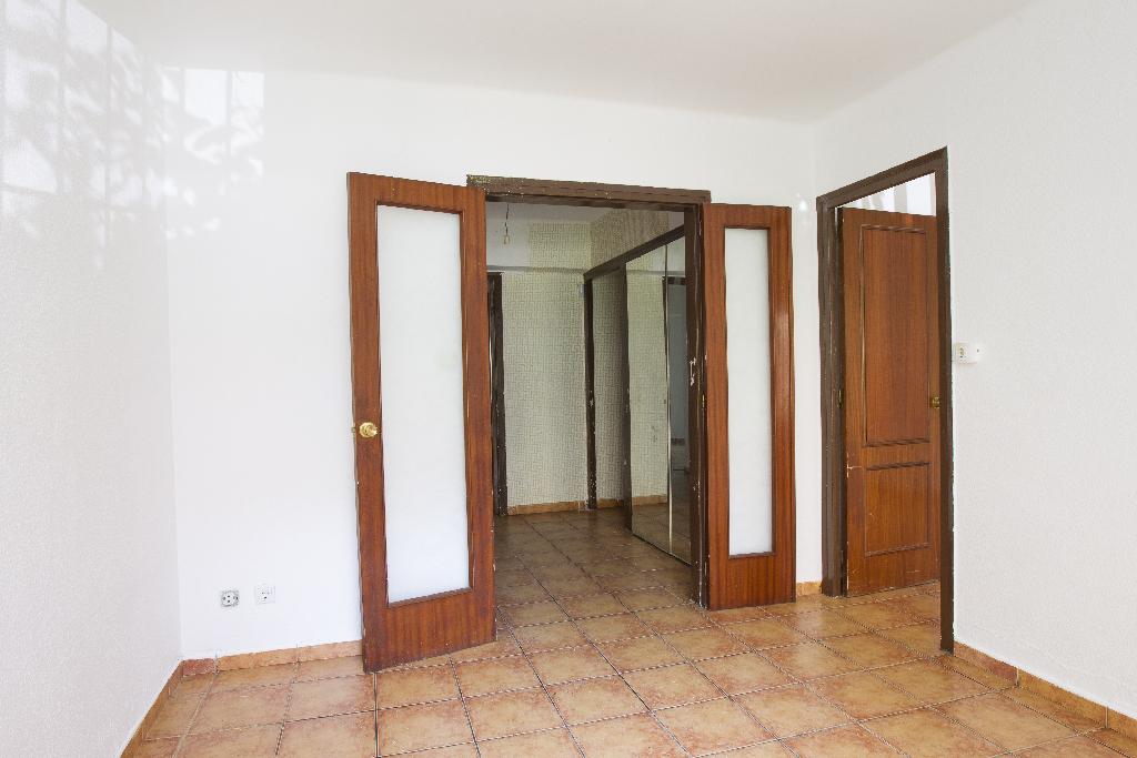 Piso en venta en Tarragona, Tarragona, Paseo Formentera, 57.500 €, 3 habitaciones, 1 baño, 77 m2