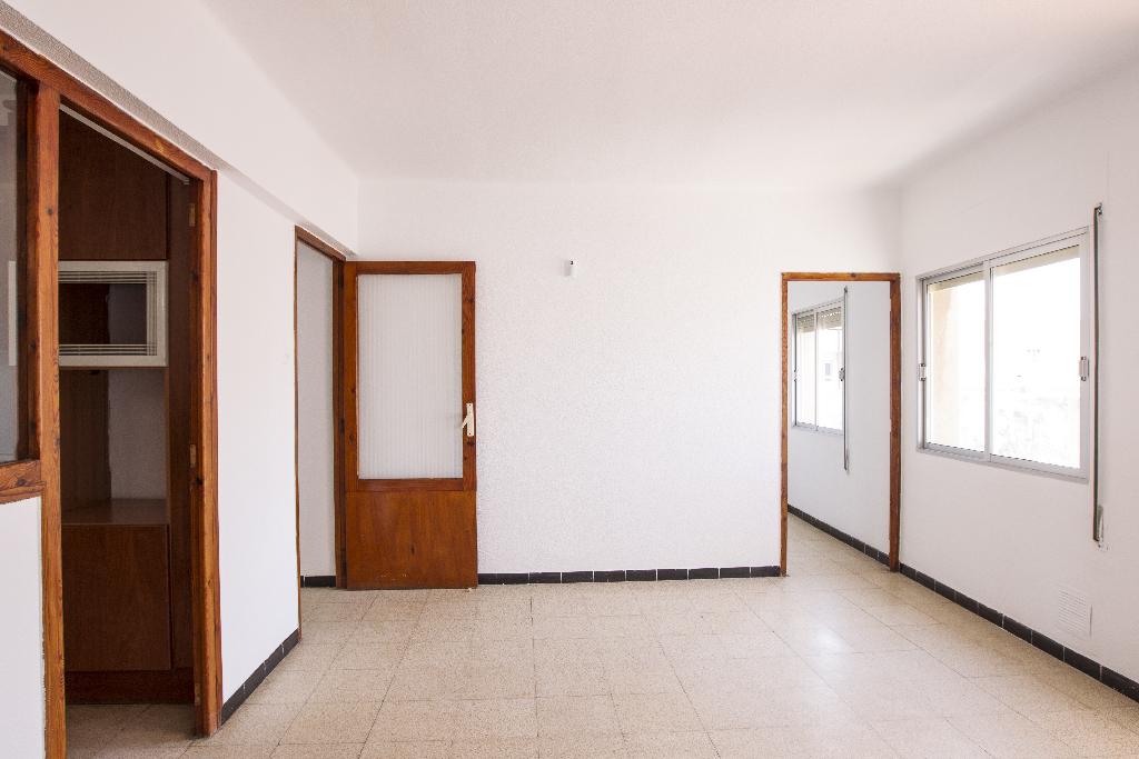 Piso en venta en Benicarló, Castellón, Calle Castello, 45.500 €, 3 habitaciones, 1 baño, 111 m2