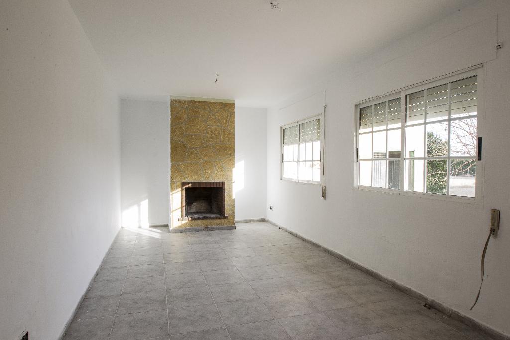 Casa en venta en Tortosa, Tarragona, Calle Huerta San Lazaro, 113.500 €, 4 habitaciones, 2 baños, 221 m2