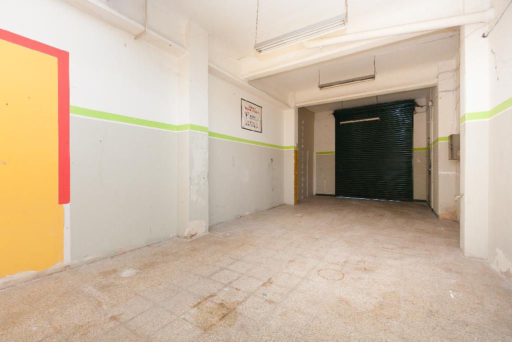 Local en venta en Montflorit, Cerdanyola del Vallès, Barcelona, Calle Om, 126.000 €, 173 m2