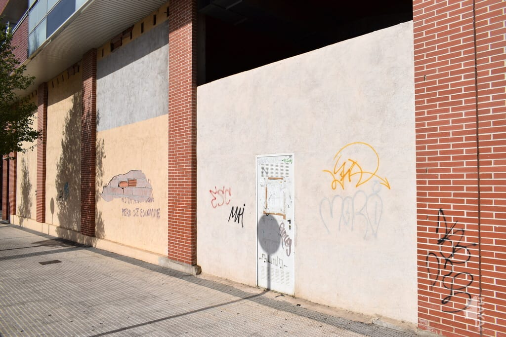Local en venta en Huesca, Huesca, Calle Leon Abadias, 424.000 €, 671 m2