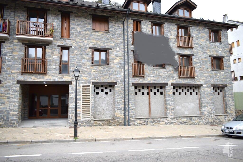 Piso en venta en Sallent de Gállego, Sallent de Gállego, Huesca, Calle Francia Escarrilla, 155.000 €, 2 habitaciones, 2 baños, 50 m2