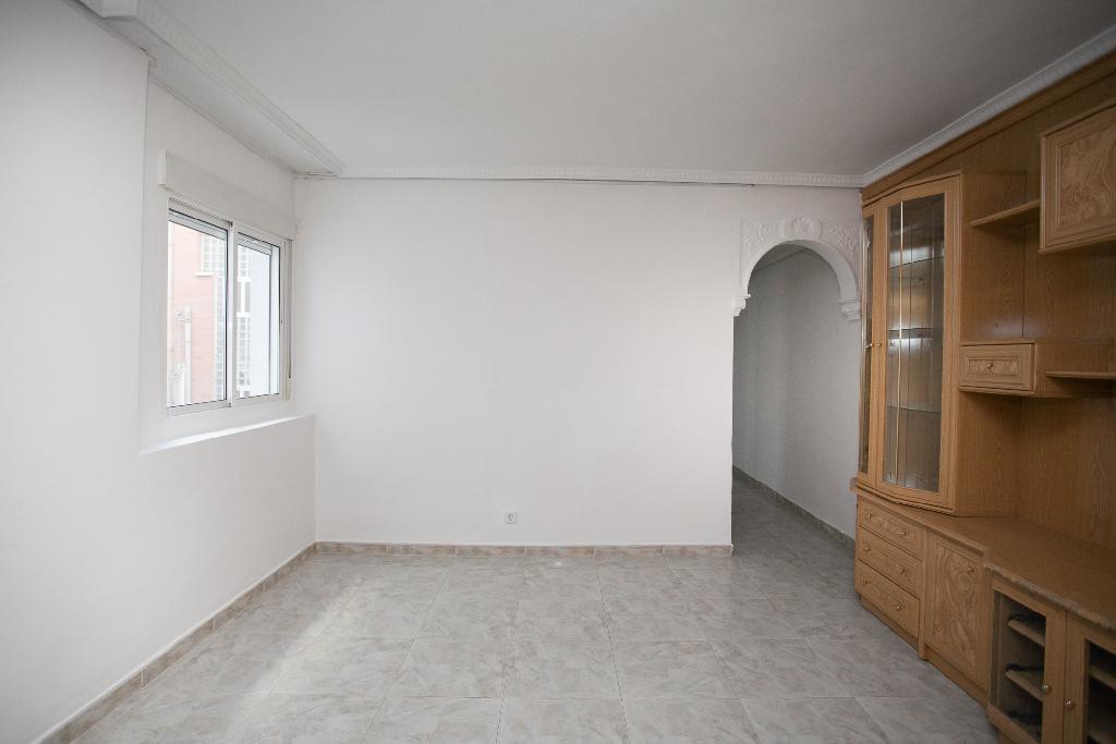 Piso en venta en Madrid, Madrid, Calle Doctor Lozano, 159.000 €, 3 habitaciones, 1 baño, 75 m2