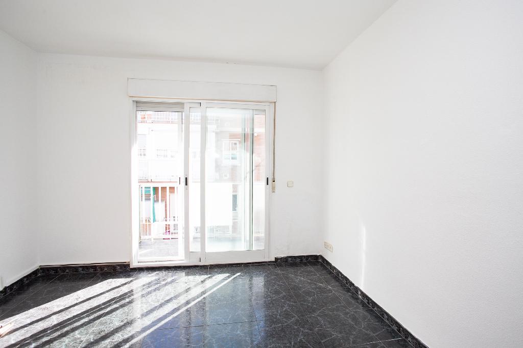 Piso en venta en Madrid, Madrid, Calle Prudencio Alvaro, 143.000 €, 2 habitaciones, 1 baño, 52 m2