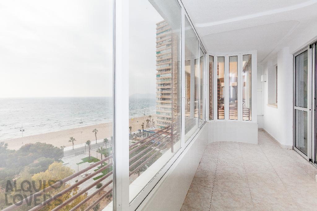 Piso en venta en Benidorm, Alicante, Calle Beniarda, 138.000 €, 2 habitaciones, 1 baño, 75 m2