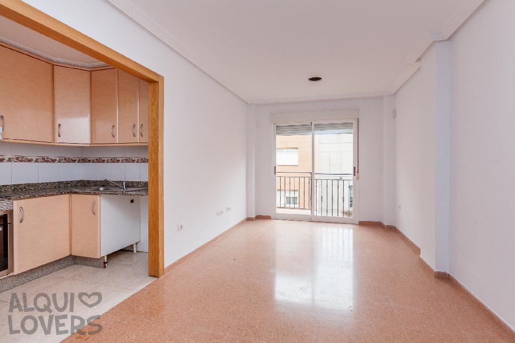 Piso en venta en Elche/elx, Alicante, Calle Esperidion Porta Requesen, 83.000 €, 2 habitaciones, 2 baños, 77 m2
