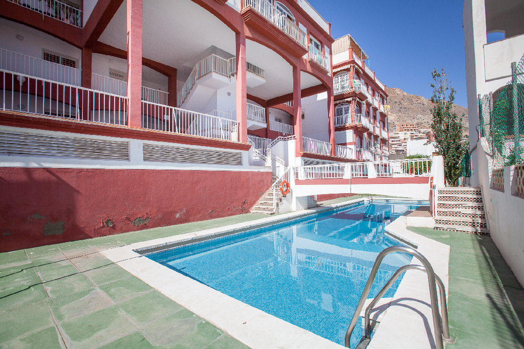 Piso en venta en Roquetas de Mar, Almería, Calle Dallas (an), 97.000 €, 2 habitaciones, 1 baño, 75 m2