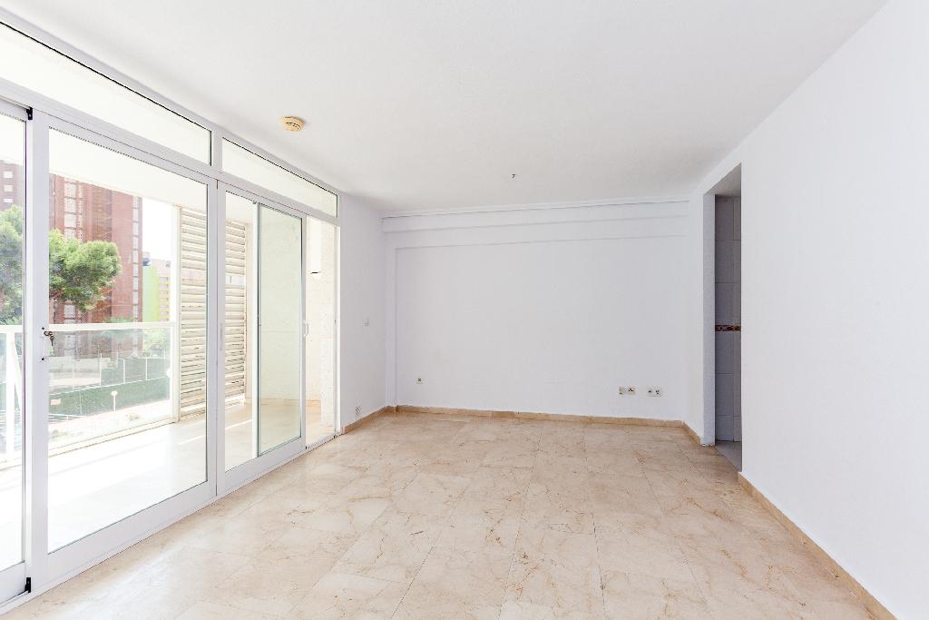 Piso en venta en El Racó de L`oix - El Rincón de Loix, Benidorm, Alicante, Calle Londres, 108.500 €, 1 habitación, 1 baño, 67 m2