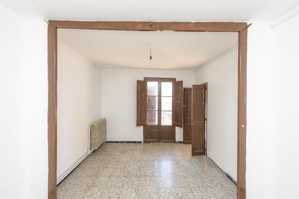 Piso en venta en Berga, Barcelona, Calle Verdaguer, 31.500 €, 1 habitación, 1 baño, 107 m2