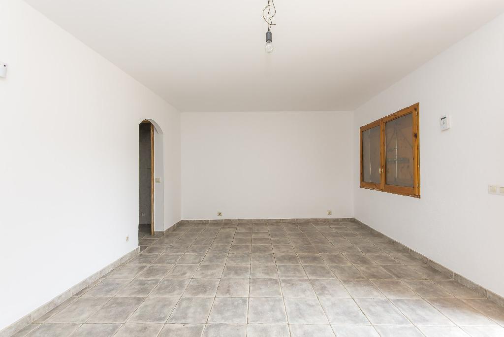 Casa en venta en Sant Pere de Vilamajor, Barcelona, Calle Castell, 111.000 €, 4 habitaciones, 2 baños, 160 m2