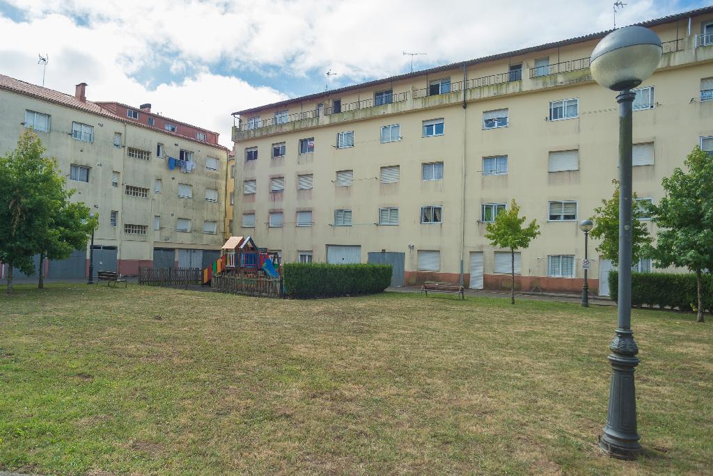 Piso en venta en Curtis, A Coruña, Calle Lg Penedo de Teixeiro, 30.500 €, 3 habitaciones, 1 baño, 106 m2