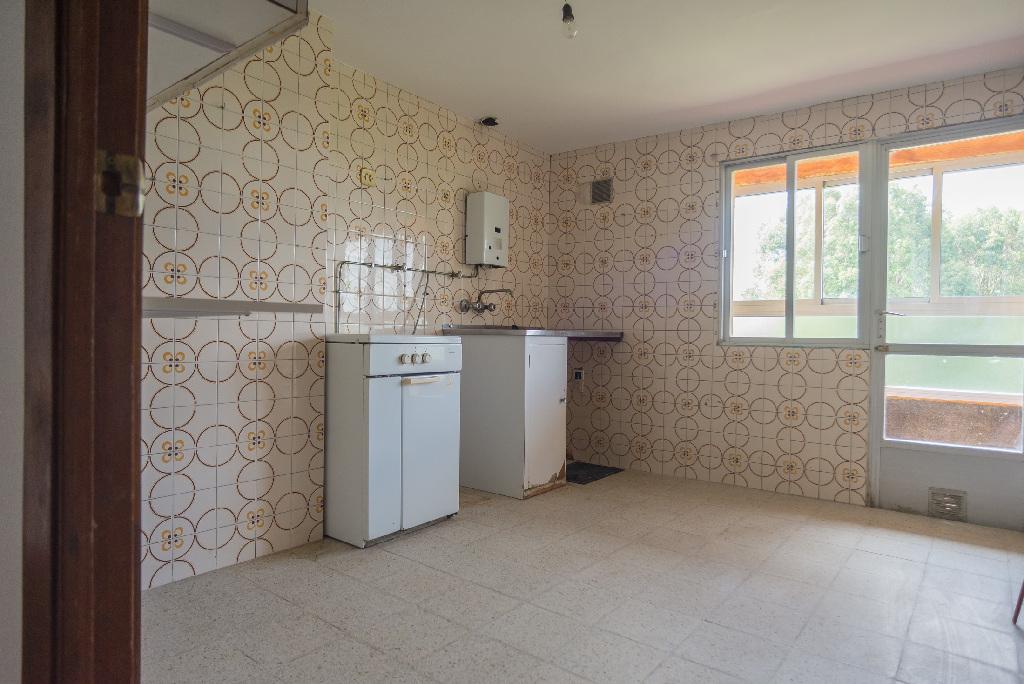 Piso en venta en San Xosé, Curtis, A Coruña, Calle Lg Penedo de Teixeiro, 20.000 €, 4 habitaciones, 1 baño, 106 m2