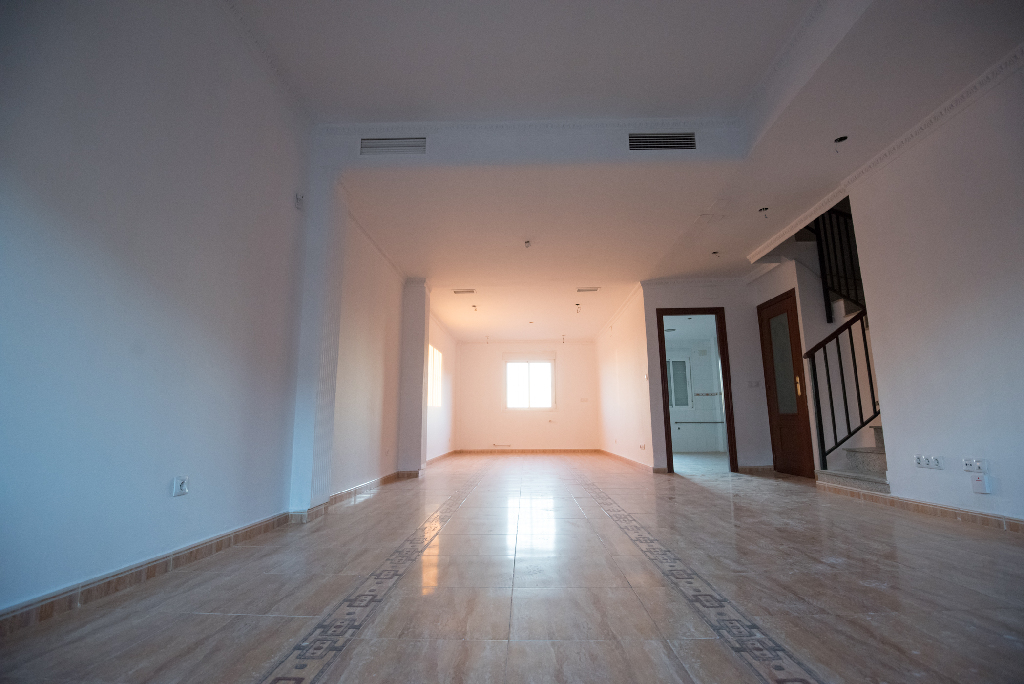 Casa en venta en Mérida, Badajoz, Calle Berlanga, 149.500 €, 4 habitaciones, 2 baños, 212 m2